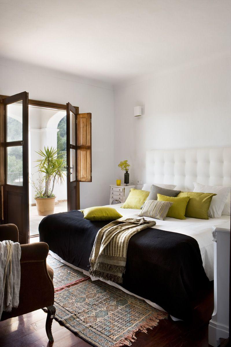 1002-Bedroom