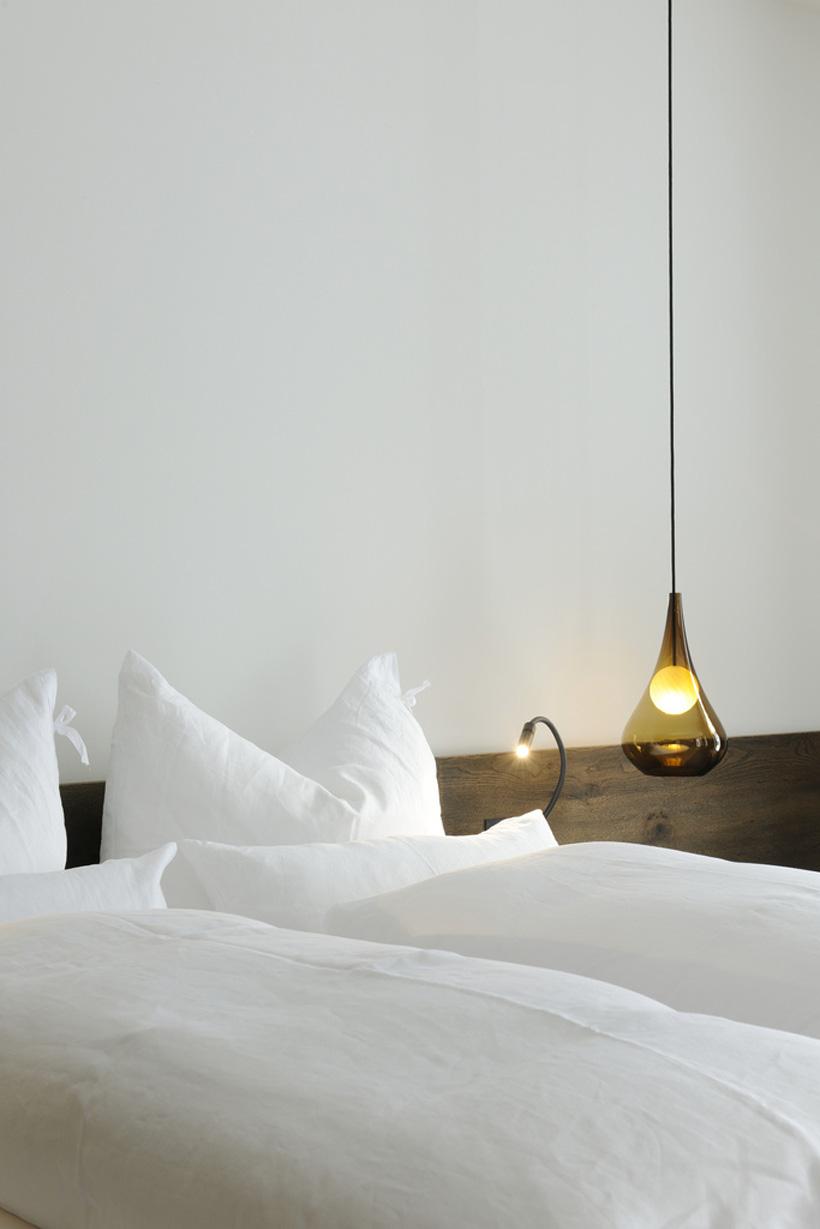 1010-Bedroom